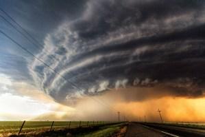 storm blows